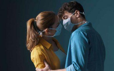 Expertos aconsejan uso de tapabocas durante el sexo en cuarentena