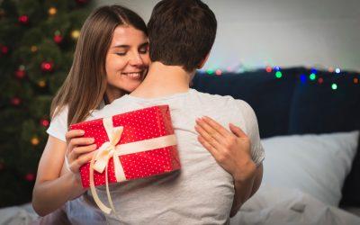 ¿Sientes que tu relación ha perdido la chispa? Entonces considera estos consejos como el regalo perfecto para esta navidad